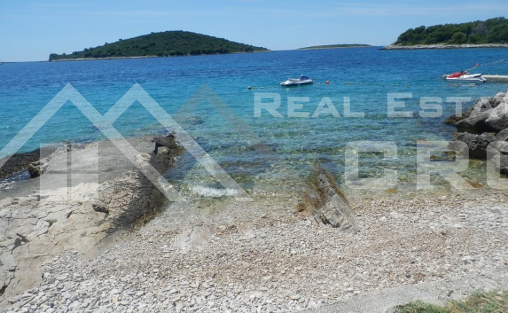 House in a very nice and peaceful location for sale, Solta island (6)