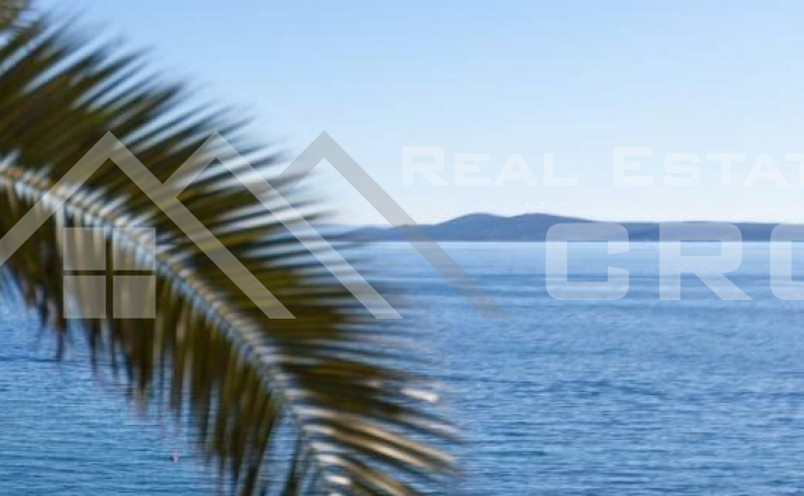 Building land with a beautiful sea view in Seget Vranjica for sale (1)