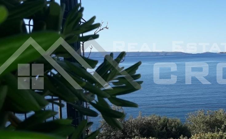 Nekretnine Trogir - Građevinsko zemljište s prekrasnim pogledom na more u Seget Vranjicu, na prodaju