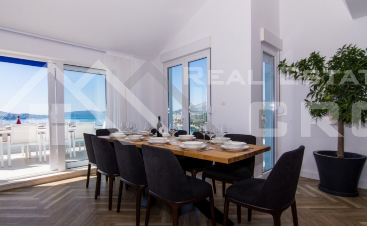 Luxurious penthouse with panoramic sea view, for sale (2)