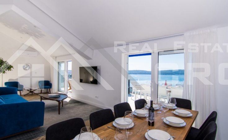 Luxurious penthouse with panoramic sea view, for sale (3)