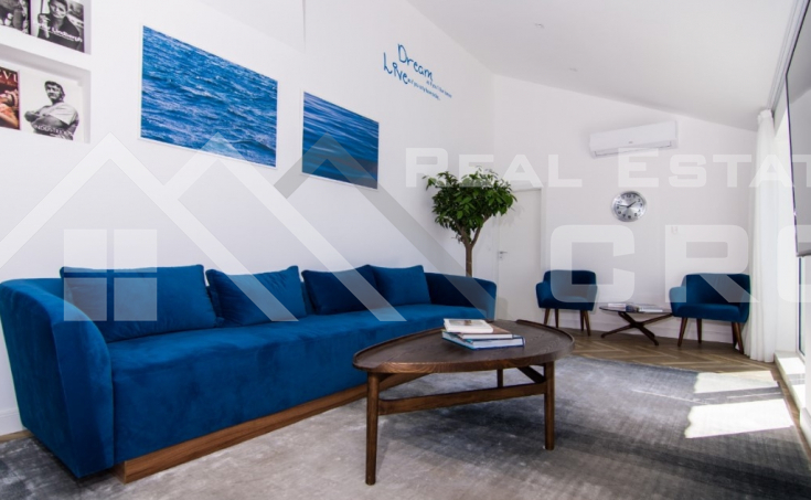 Luxurious penthouse with panoramic sea view, for sale (4)