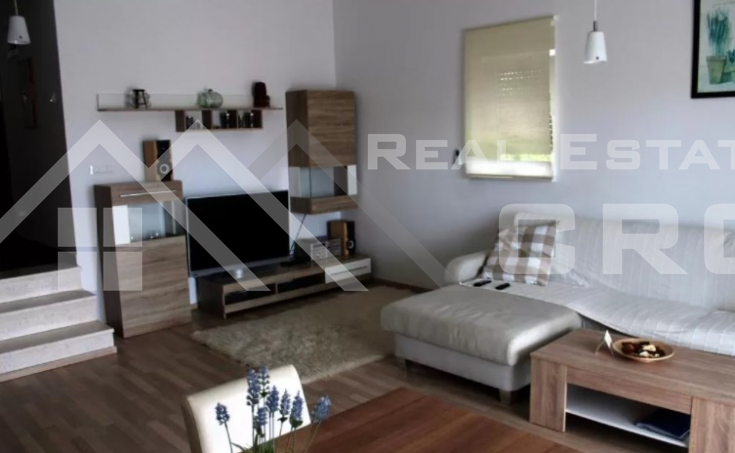 Solta properties – Stunning apartment house with swimming pool and sea view, for sale (5)