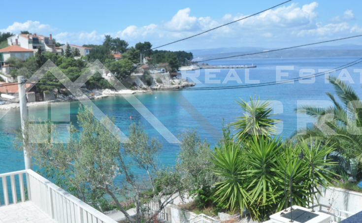 Solta properties – Unique villa in the first row to the sea with private swimming pool, for sale
