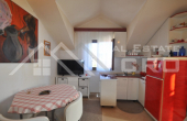 BR413, Apartment in a very attractive location for sale, Supetar, Brac island