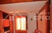 Apartman na vrlo atraktivnoj lokaciji na prodaju (4)