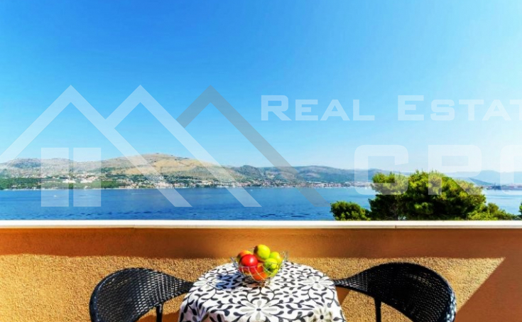 Beautiful apartment house in an incredible location with sea view, for sale (11)
