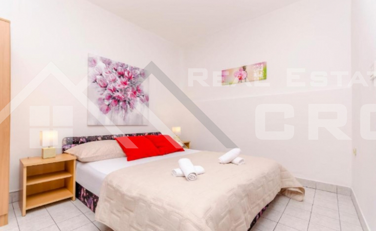 Beautiful apartment house in an incredible location with sea view, for sale (4)