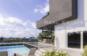 Modern villa with a pool in an attractive location, for sale (1)