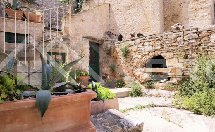 Brac properties – Wonderful stone house in an amazing location, for sale