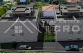 Modern three bedroom apartment with terrace and sea view, for sale (2)