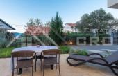 Equipped and furnished apartment with sea view, for sale (2)