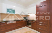 Equipped and furnished apartment with sea view, for sale (6)