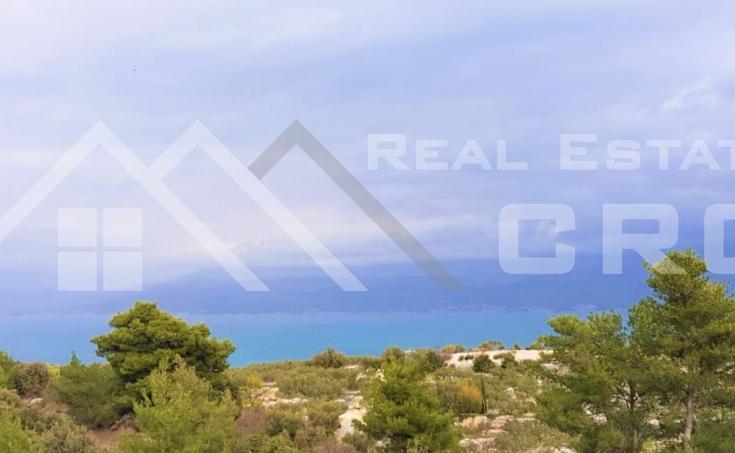 Brac-properties- Farmland with wonderful sea view, for sale