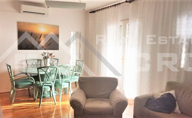 Charming house with garden and open sea view , for sale (4)