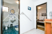 Beautiful house in the second row to the sea, for sale (2)