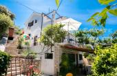 Beautiful house in the second row to the sea, for sale (5)