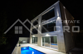 Opulent villa with a swiming pool and beautiful sea views, for sale (3)