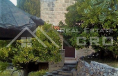 Stone house with two apartments and a cultivated garden, for sale (2)