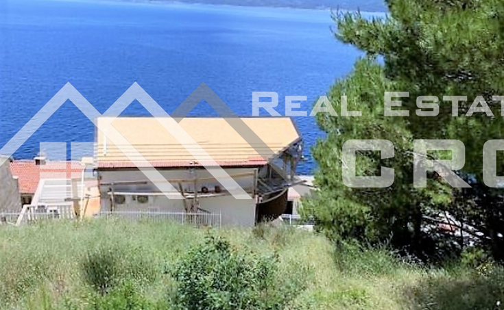Building land with prepared project documentation, boasting a beatiful sea view, Omis Riviera, for sale (3)
