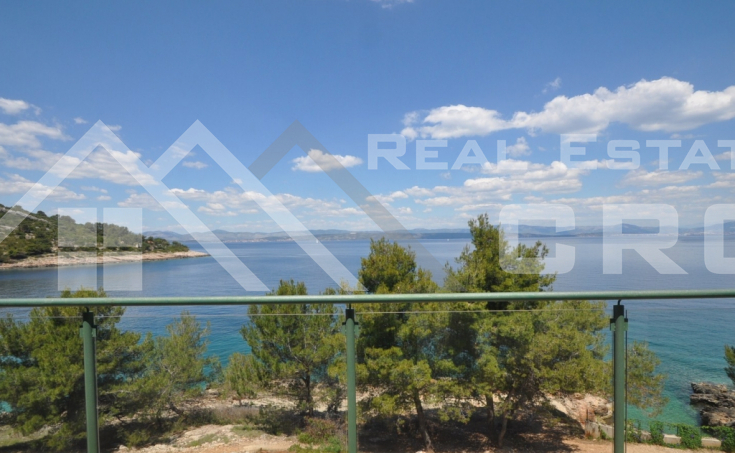 Three bedroom flat on an excellent location for sale, Solta island